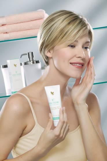 R3 Factor® Skin Defense Creme
