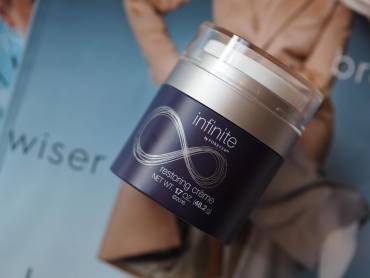 Infinite by Forever™ restoring creme